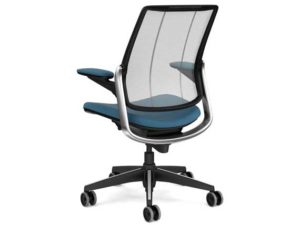 17_humanscale_diffrient_smart_chair_3.jpg