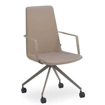 Zone Low back chair with arms Swivel